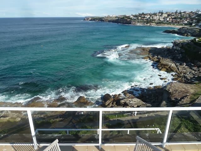 Waterfront 3 bedroom Penthouse  - Tamarama - Appartamento