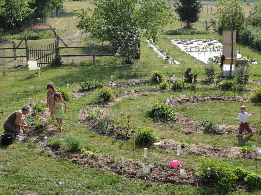 Chambre d 39 h tes 1 en un beau jardin maisons louer for Chambre d hotes basse normandie