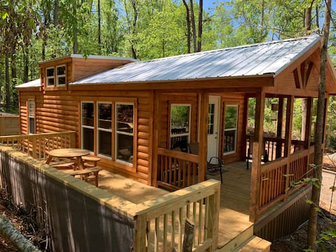 Natures Cove Cabin A-Lake Access & Pet Friendly