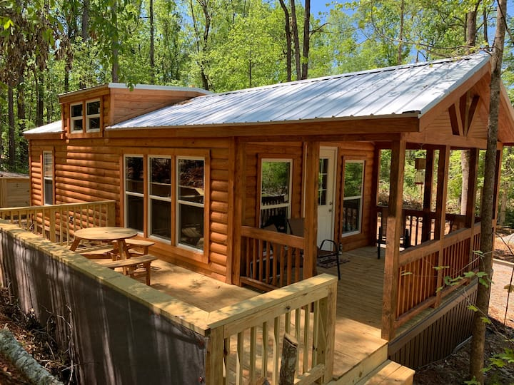 Natures Cove Cabin A -Rent 3, Get 1 Night Free!