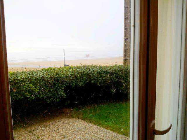 Front de mer 2 piéces avec jardin - Bernières-sur-Mer - Flat