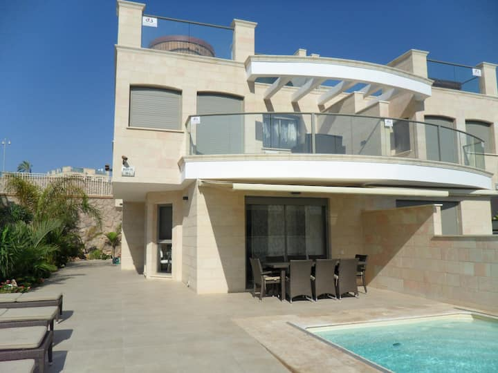 New villa in Eilat