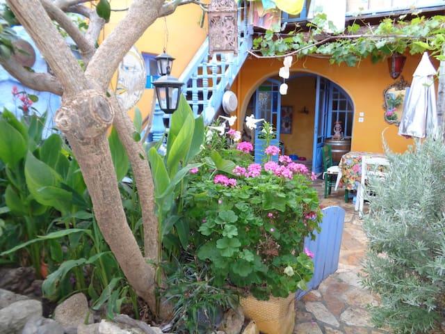Casa del frangipane . old town. - Rodos - Talo