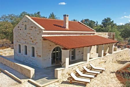 Traditionelles Steinhaus auf Kreta - Vamos - บ้าน