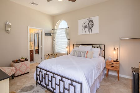 Bright & Serene Private Casita