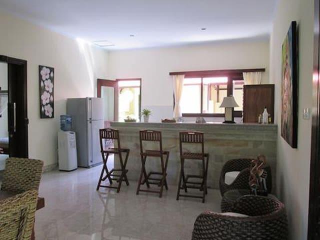 Prive Villa Bunga Jalan Kanda Sanur - Villas for Rent in South ...