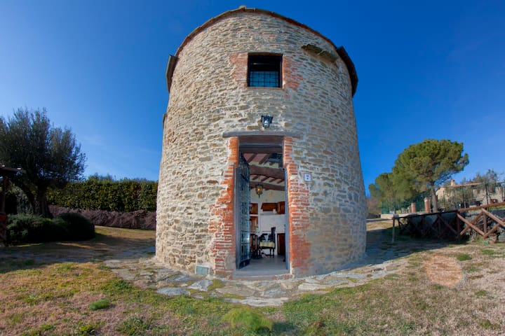 Old Tower, lake view, swimming pool - Tuoro sul Trasimeno - Slott