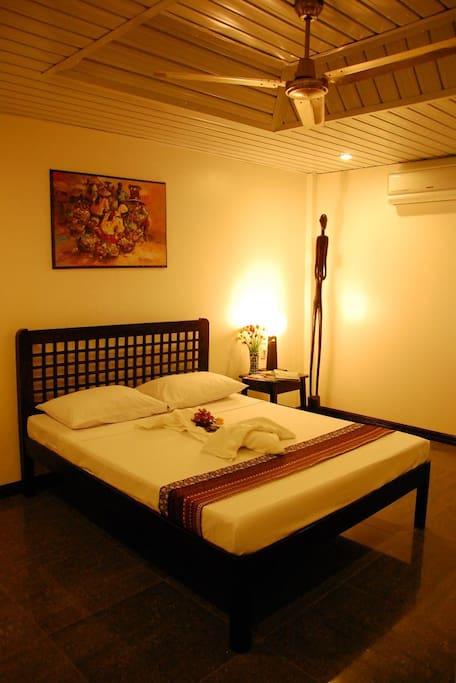 Deluxe Double Room with Queen bed