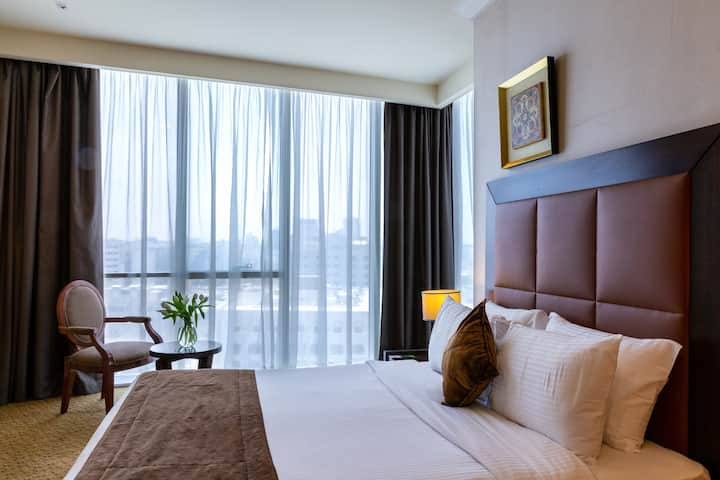 Kingsgate Hotel Doha - Deluxe King Bed Room