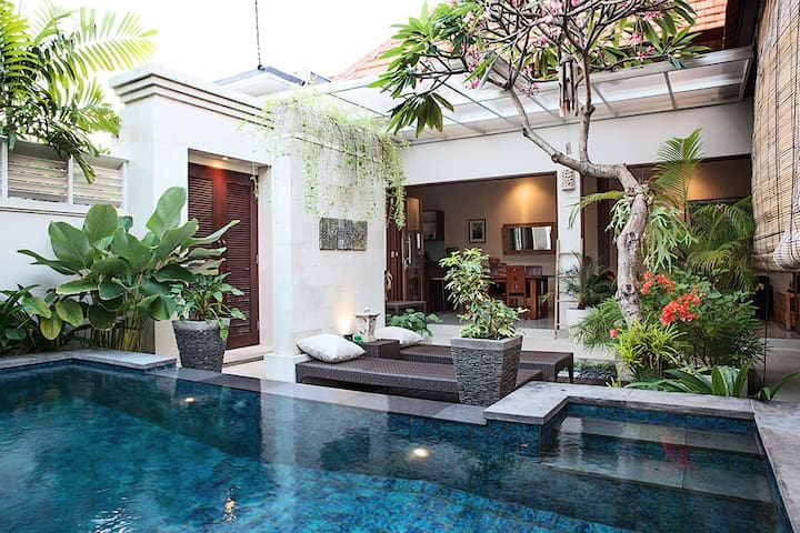 Deluxe Private Villa 1BR in Beachside SANUR-BALI