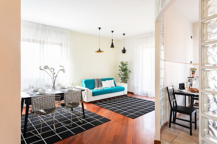 Cosy 2bedrooms apartment. Private parking