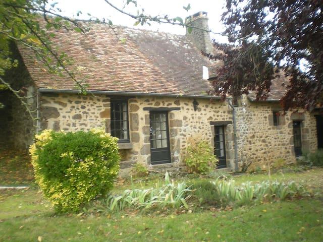Maison de campagne avec jardin - Moitron-sur-Sarthe - House