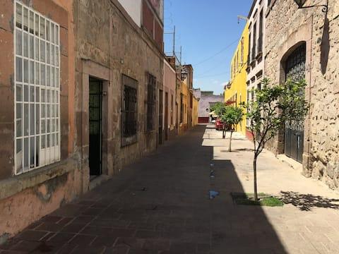 2 Habitación Pequeña Centro Historico Morelia Mich