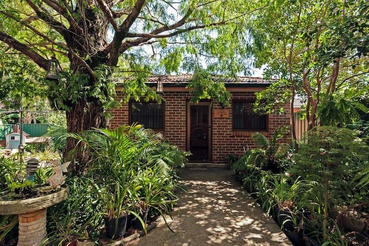 The Redwood Tree Cottage @ Strathfield