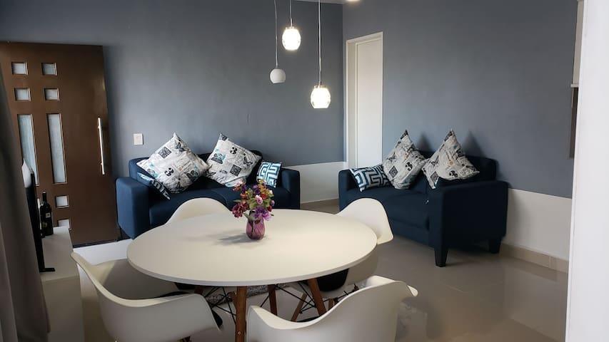 The white zinfandel apartment  viñedos&Peña Bernal