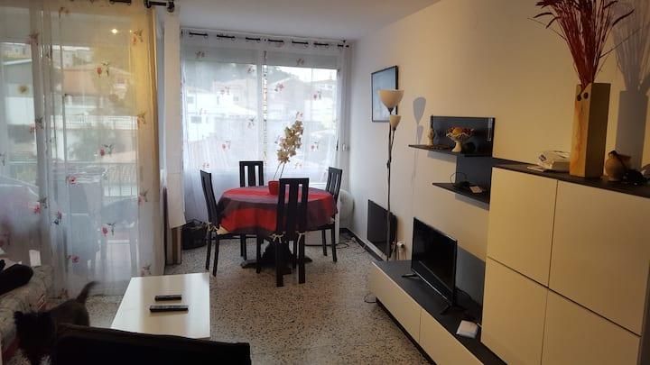 Appartement confortable 54m2 avec parking gratuit