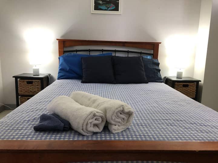 Room 3 - Henrietta St, double bed.