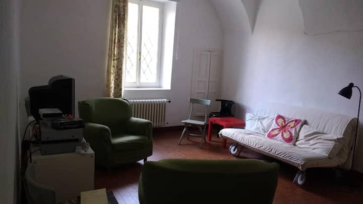 appartamento con giardino in antica casa