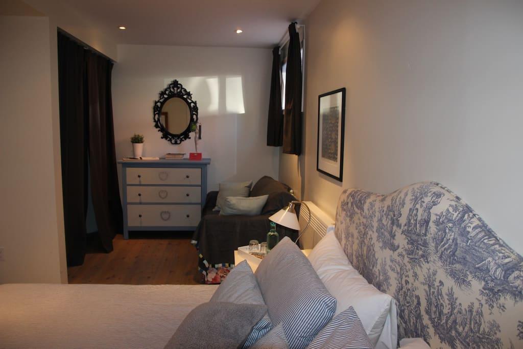 chambre d 39 h te montr al bord fleuve lac st louis casas para alugar em montreal qu bec canad. Black Bedroom Furniture Sets. Home Design Ideas