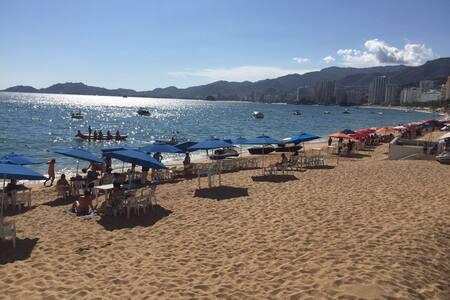 Departamento con playa - Acapulco - Condominium