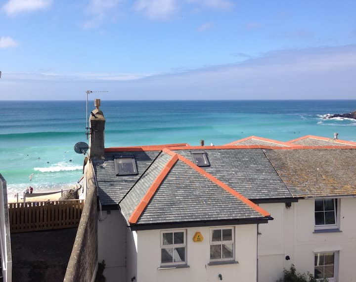 Light Bright Seaview Apartment - Saint Ives
