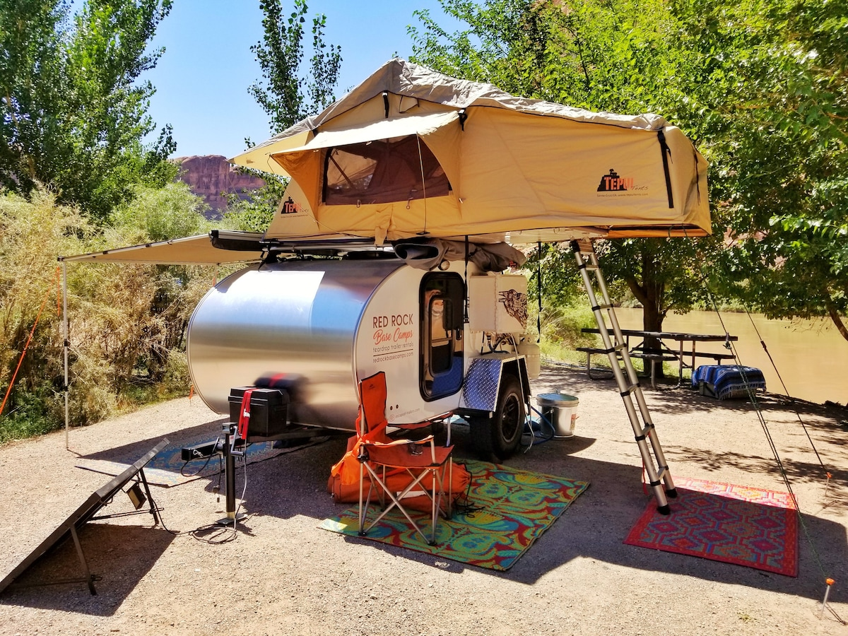 Redrock Teardrop #4 w/Rooftop Tent - C&ers/RVs for Rent in Moab Utah United States & Redrock Teardrop #4 w/Rooftop Tent - Campers/RVs for Rent in Moab ...