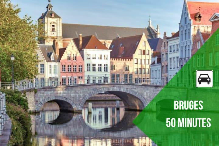 Bruges surnommé le Venise Belge.  Sublime ville à visiter absolument