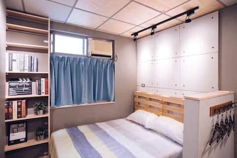 《日式簡約》近成大、台南火車站騎車7mins•獨立套房•設計師全新手工**訂房前請詳閱說明事項**