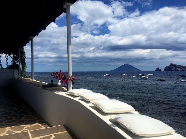 Casa Moletto - floating in front of Stromboli - Ditella - House