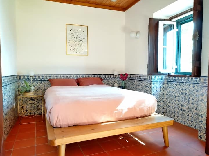 Spacious ensuite room with pool & sea view