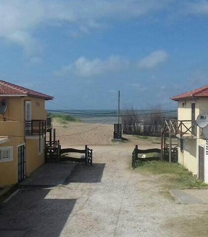 Duplex frente al mar.