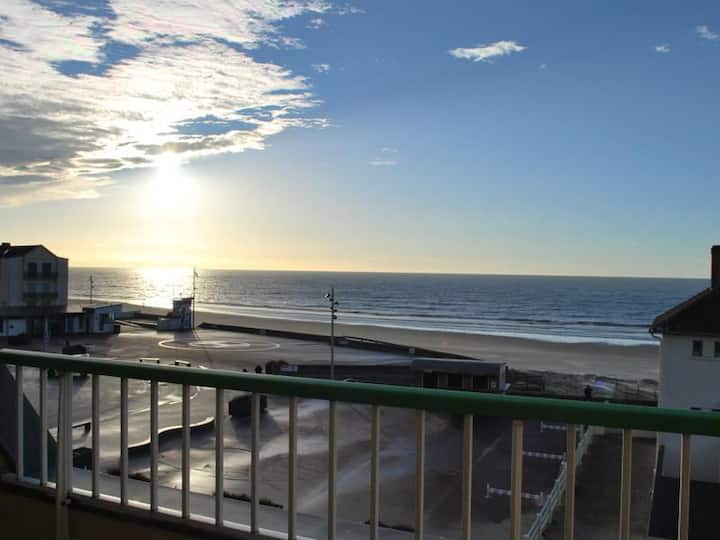 FORT MAHON PLAGE : Appartement 2 chambres face mer. - FR-1-482-5