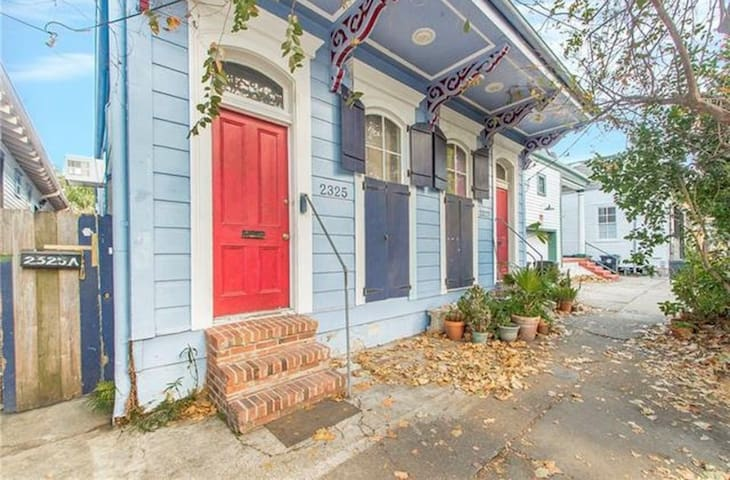 Cozy Marigny Gem Near Crescent Park, Frenchmn & FQ