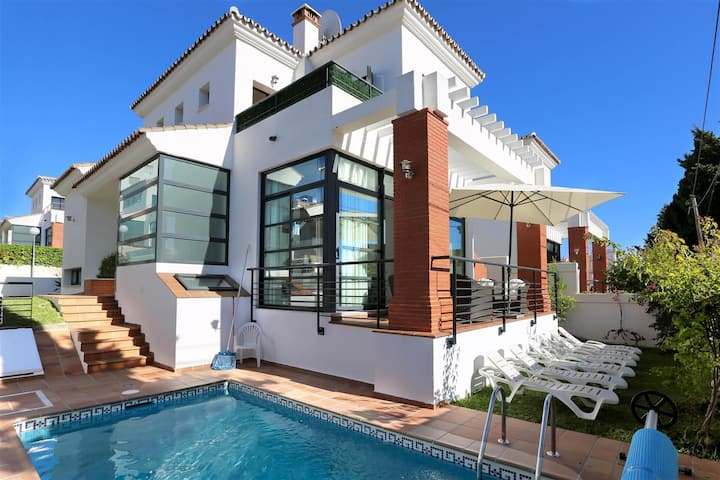 Villa in Puerto Marina with private heated pool.
