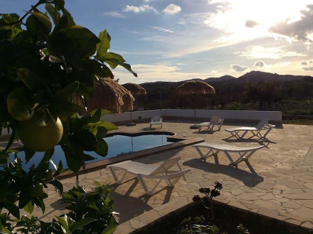 Love & Light *Villa Toskana* in San Josep/Ibiza - Sant Josep de sa Talaia - House