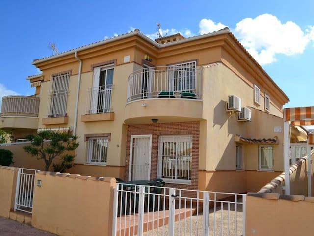 Dona Pepa No.14,Quesada, Alicante, Costa Blanca, Spain - 3 Bed - Sleeps 6 - Alicante - Rumah