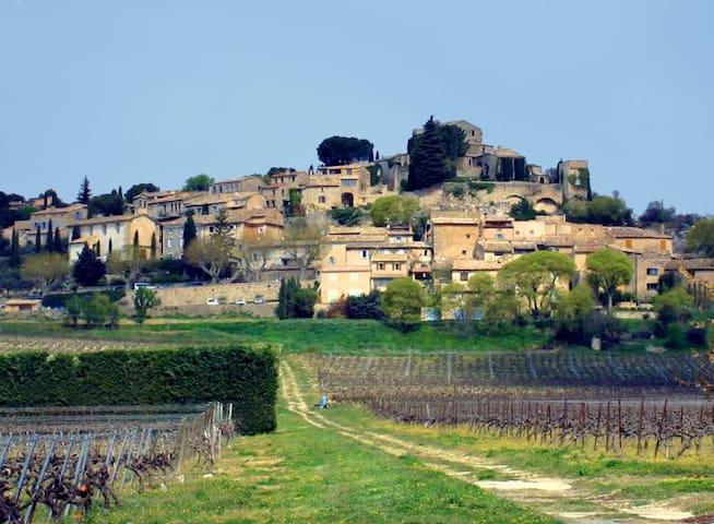 Le petit gîte de Joucas - Roussillon - Daire