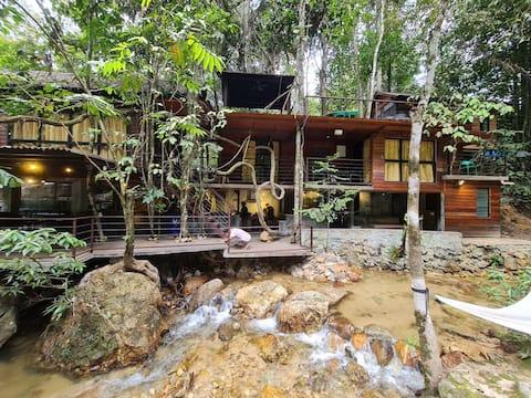 Serendah River Retreat - Woodhouse