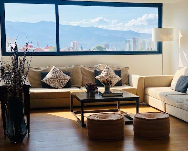 Luxury Apartment with Best Amenities Near Santa Fe