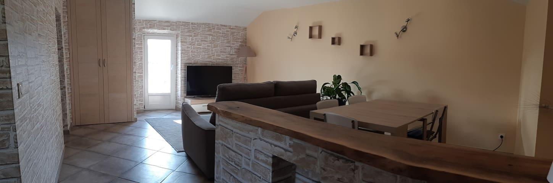 Appartement dans maison de village