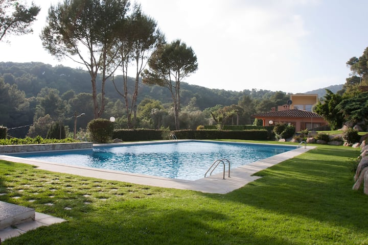 Apartment with pool in Tamariu (Costa Brava)