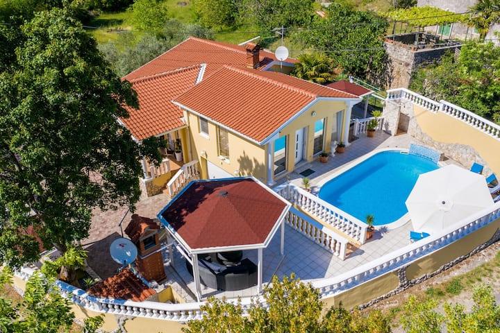 Vintage Villa in Istria near Sea