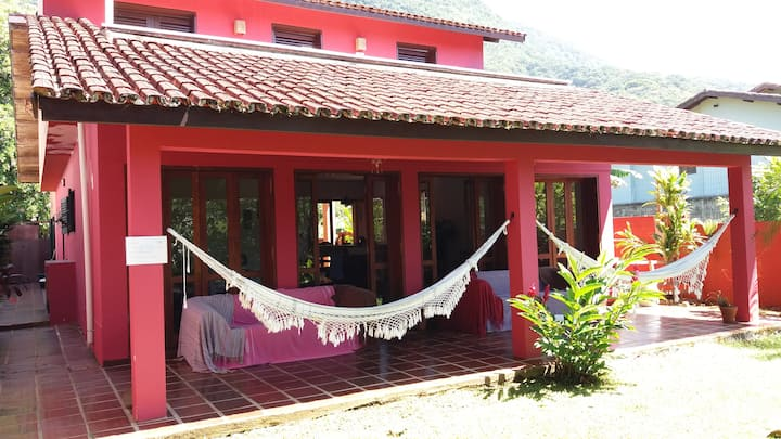Ubatuba Surf Hostel FS- Dormitório privativo casal