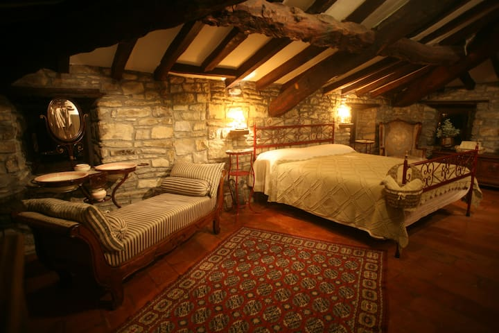 The Mill of Valle: The Suite B&B - Serramazzoni
