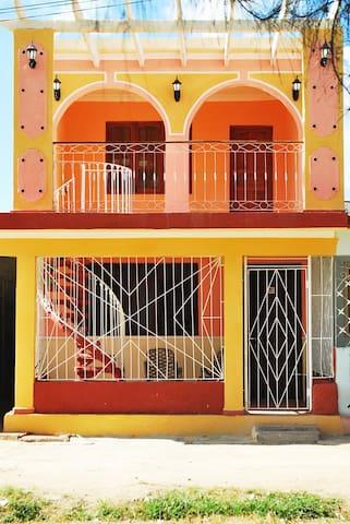 Hostal Arenas del Sur en Casilda - Hab2 - Casilda - Bed & Breakfast
