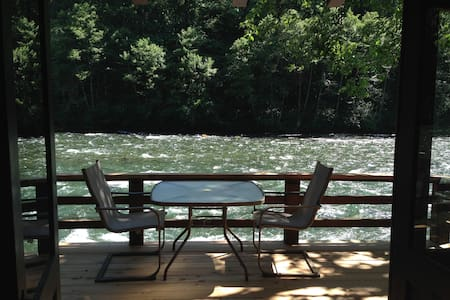 Romantic McKenzie River Cabin #4 - Vida - Srub