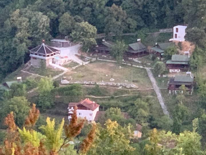 Saklı Cennet Esadiye tatil köyü