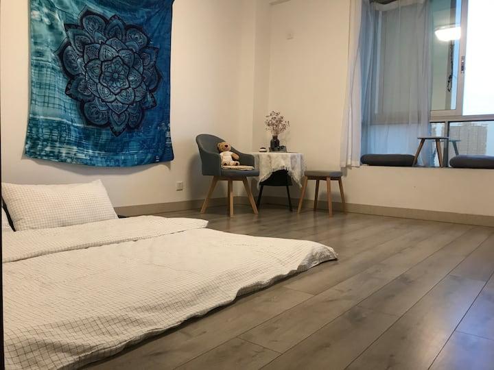 柒分瑜伽馆里的小房间(只限女生)