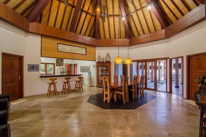 Staycation Beachfront Villa by Lombok Ventures