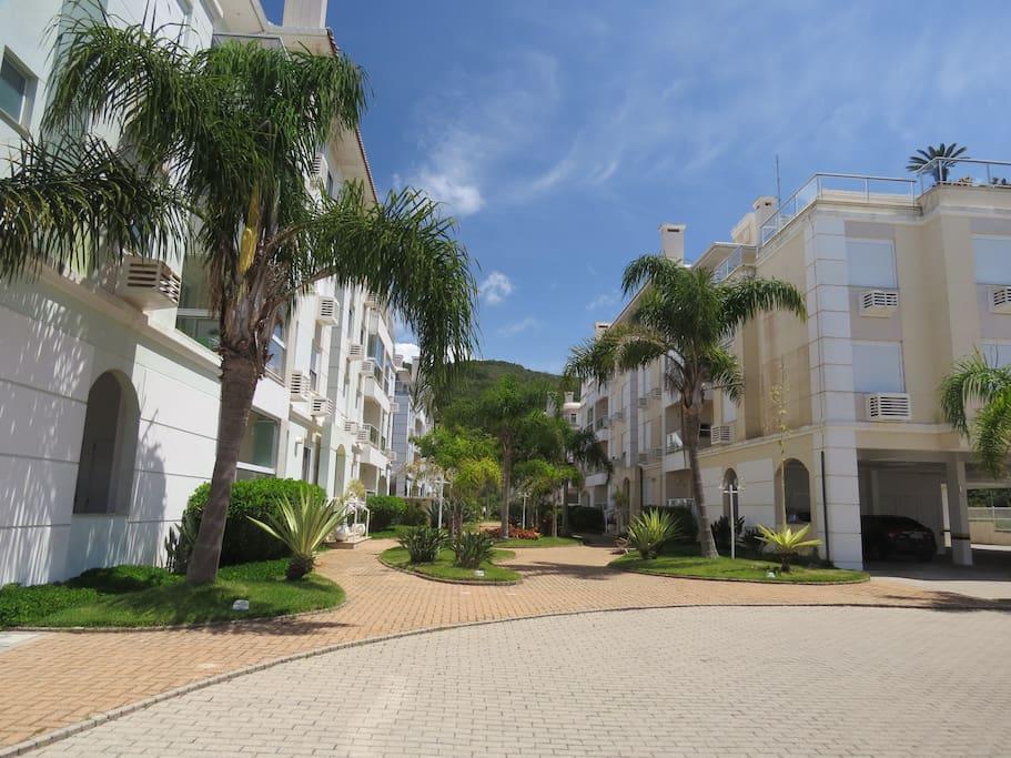 Villa giardino praia dos ingleses apartamentos para for Condominio giardino c